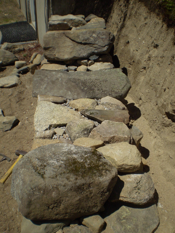 Fieldstone Retaining Wall, Bridgton, Maine | Perennial Stone