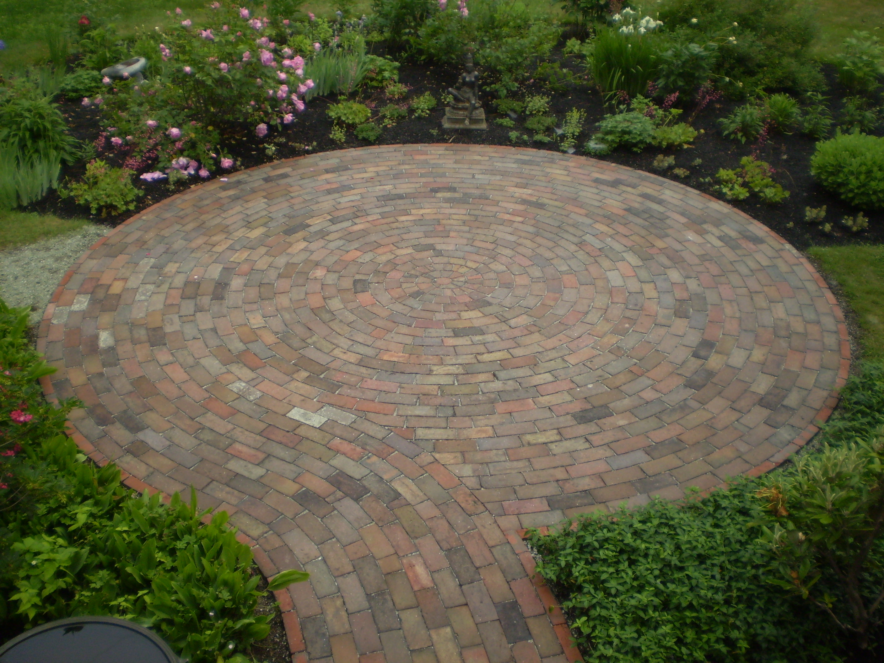 Reclaimed-Brick Patio, Cumberland Foreside, Maine ... on Small Backyard Brick Patio Ideas id=64076